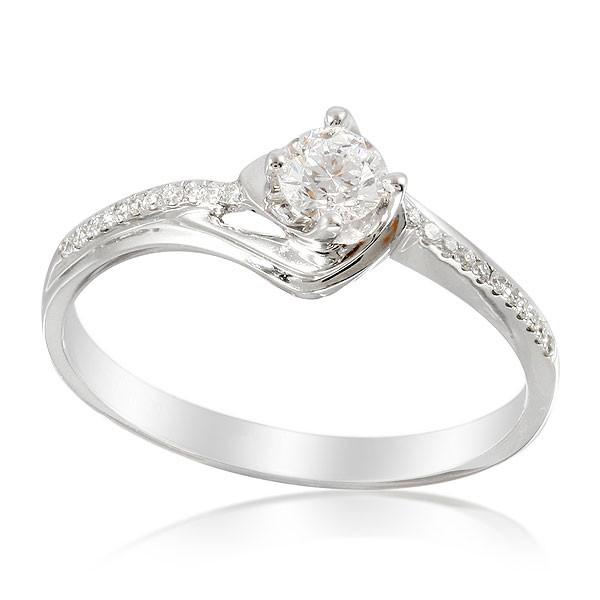 Diamante Engastado de Corte Marquesa, oro de 18 kilates