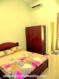 Bilik Utama 1 (Master Bedroom)