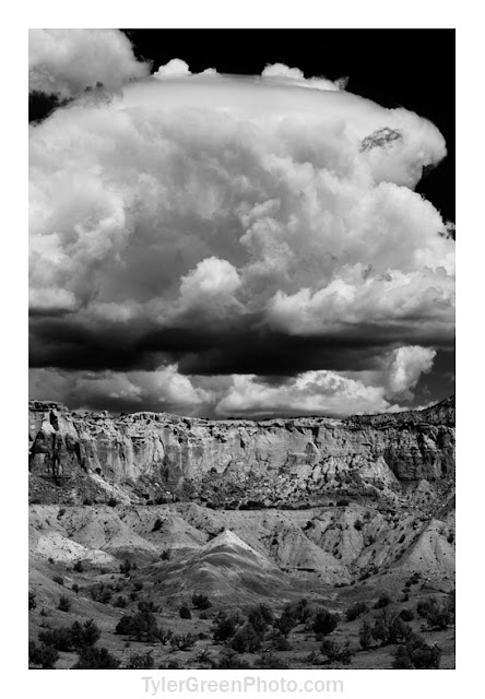 Ghost Ranch cliffs and clouds