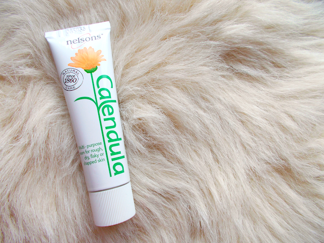 A review of Nelson's Calendula Cream for moisturising rough, dry, flaky or chapped skin!