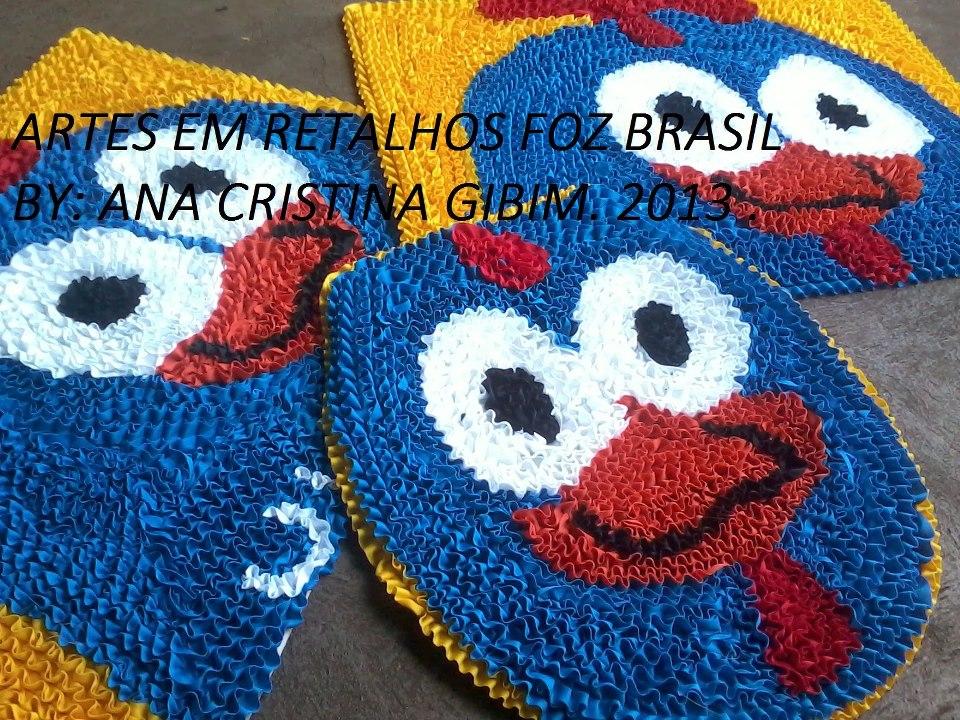 Arte Em Tapete De Retalho : ARTES EM RETALHOS FOZ BRASIL: Tapetes Galinha Pintadinha