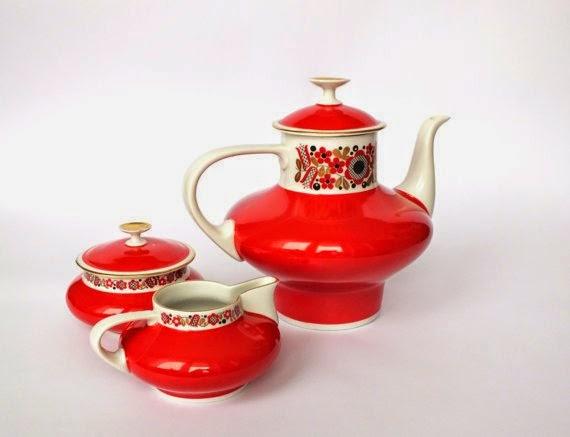 https://www.etsy.com/listing/179859080/freiberger-porcelain-vintage-red-floral?ref=favs_view_2