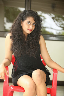 Nitya glamorous Pictures 027.jpg