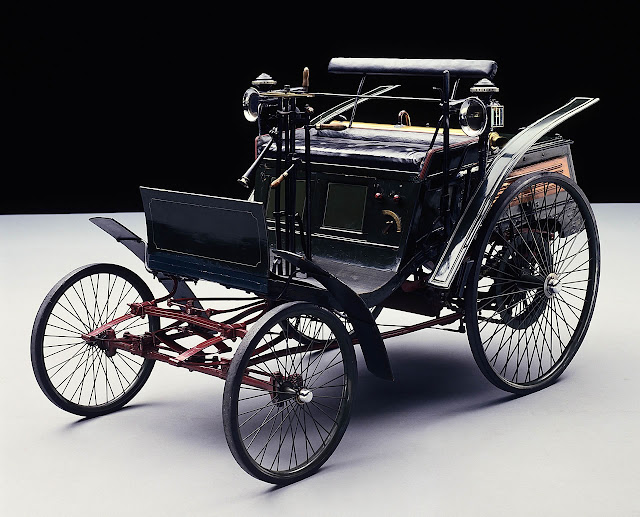 Rally Motor Credit >> The Twenty-First Century Car: First Car Ever Made