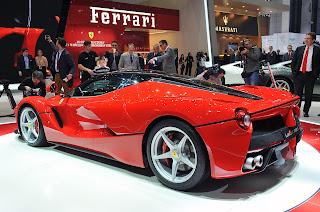 Ferrari on Ferrari Mostr   Todos Los Detalles En Un V  Deo Promocional D  As
