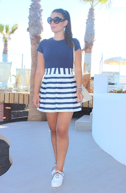 Navy_Striped_Skirt_The_Pink_Graff_04