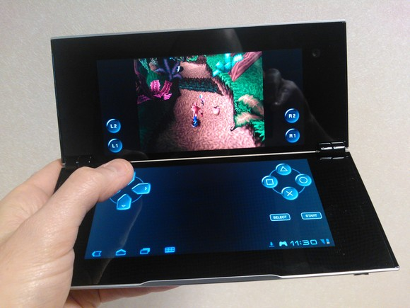Sony Tablet P (Pictures)