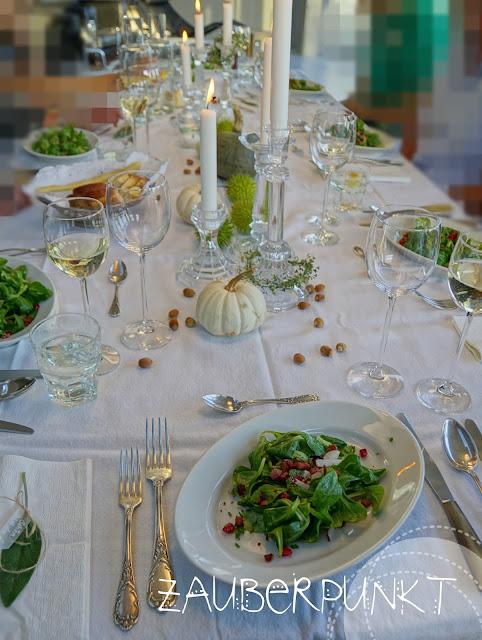 Salat, Weisswein, Tablesetting, Gäste