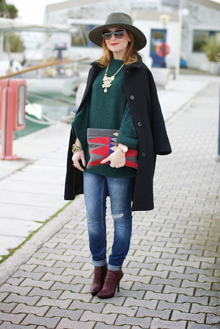 casual outfit with jeans, black egg shaped coat, Fashion and Cookies, fashion blogger