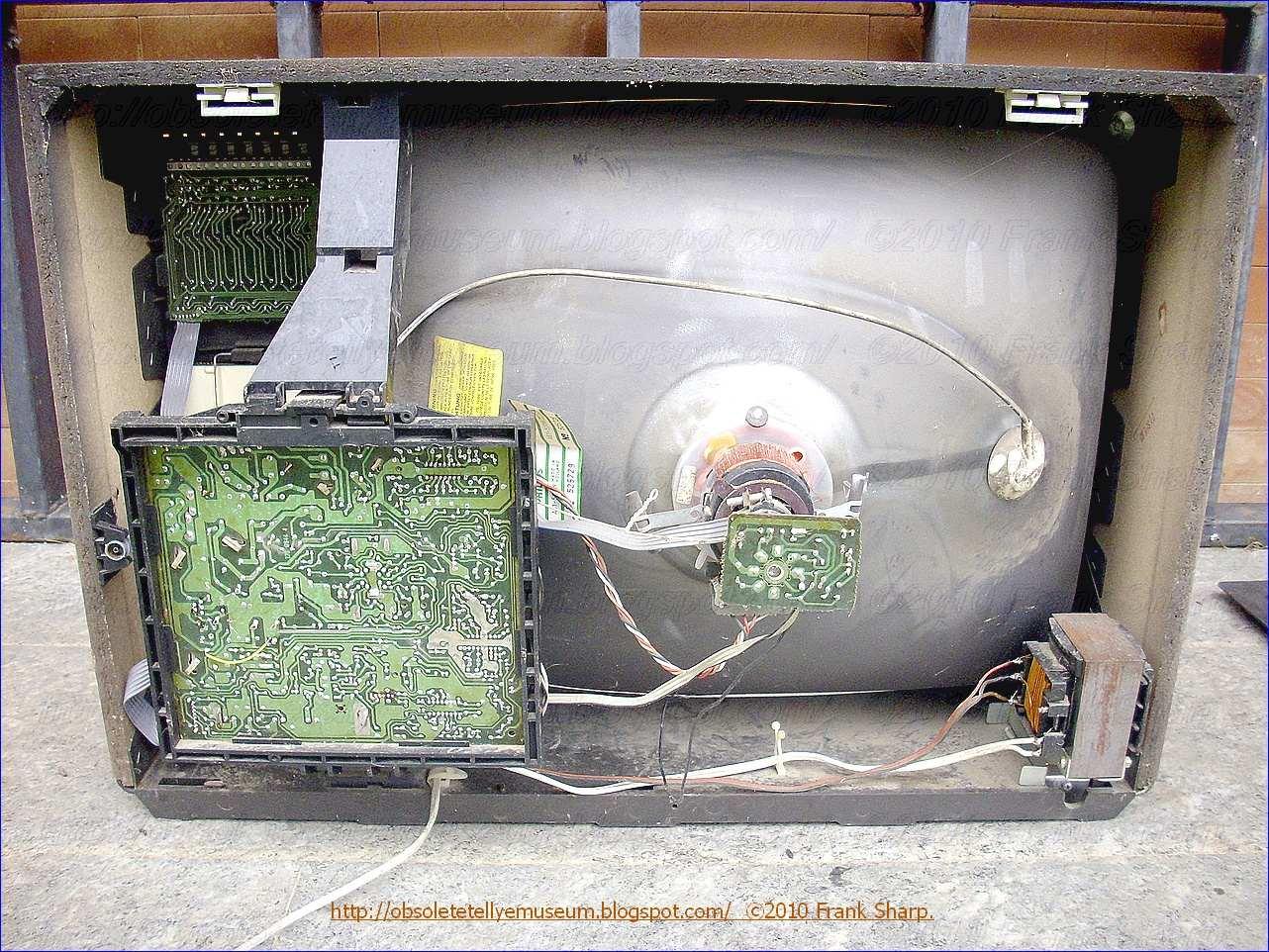 Obsolete Technology Tellye !: PHILIPS I24B301 /08K NUOVO RENO ...