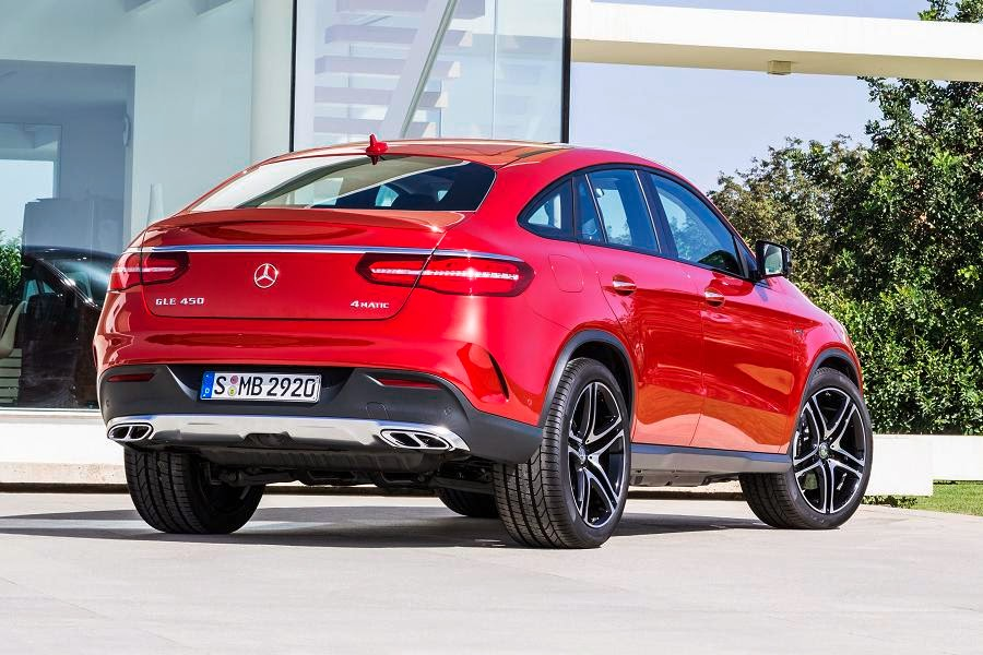 Mercedes-Benz GLE 450 AMG 4Matic Coupé (2015) Rear Side