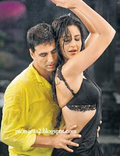 katrina kaif Hot saree pic
