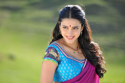 sruthi han in gabbar singh cute stills