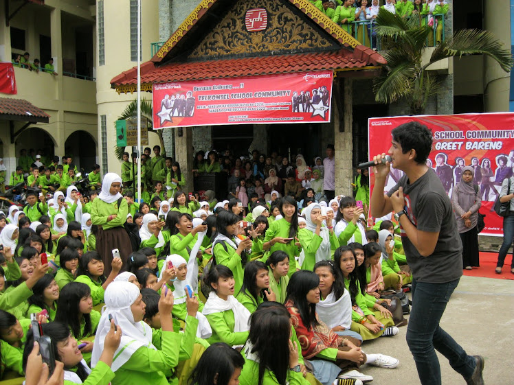 TELKOMSEL SCHOOL COMMUNITY