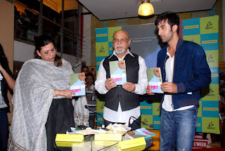Ranbir Kapoor Unveil the Pritish Nandy's book 'Stuck on 1/Forty'