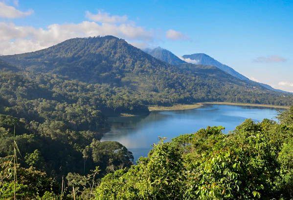 Gunung Lesung