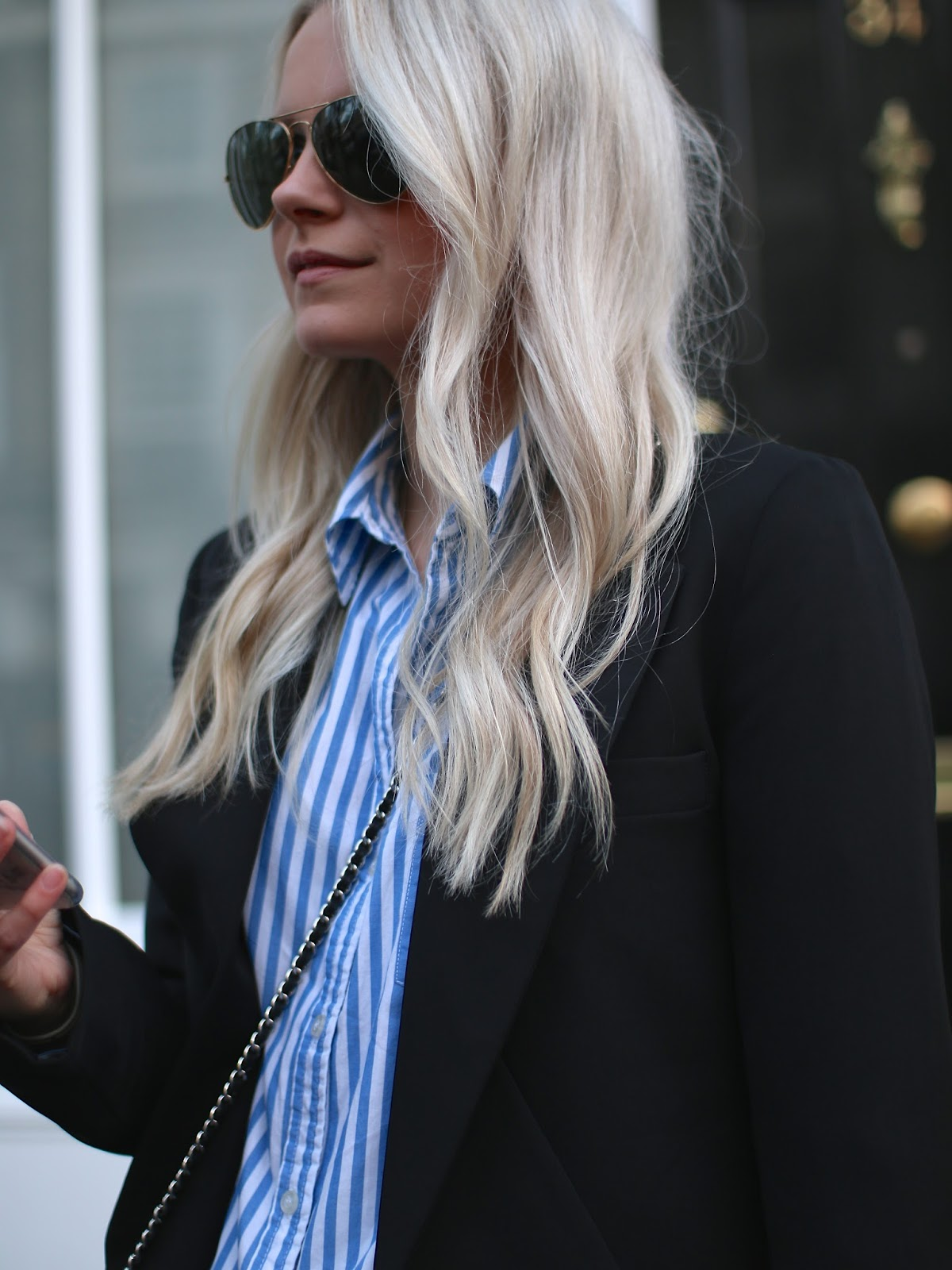 loose messy waves and pale blonde hair