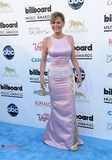 Jennifer Nettles Pictures in Evening Dress at 2013 Billboard Music Awards in Las Vegas  0004