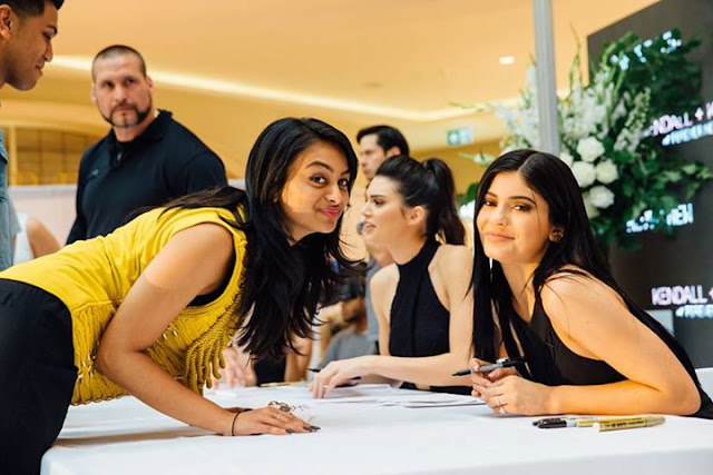 Kendall & Kylie at Chadstone forever new christmas melbourne meet and greet vip jenner keeping up with the kardashians king tyga asap rocky kanye west kim khloe north everyday like this fashion blogger