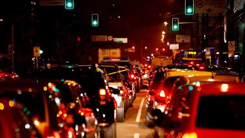 Notícias - Comportamento no trânsito - Flagrantes da falta de cidadania!