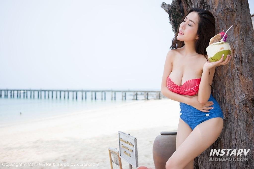Trần Hân em gái bán dừa .