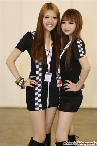 The uniform girls pic asia auto salon motor show girls 1 for Spa uniform bangkok