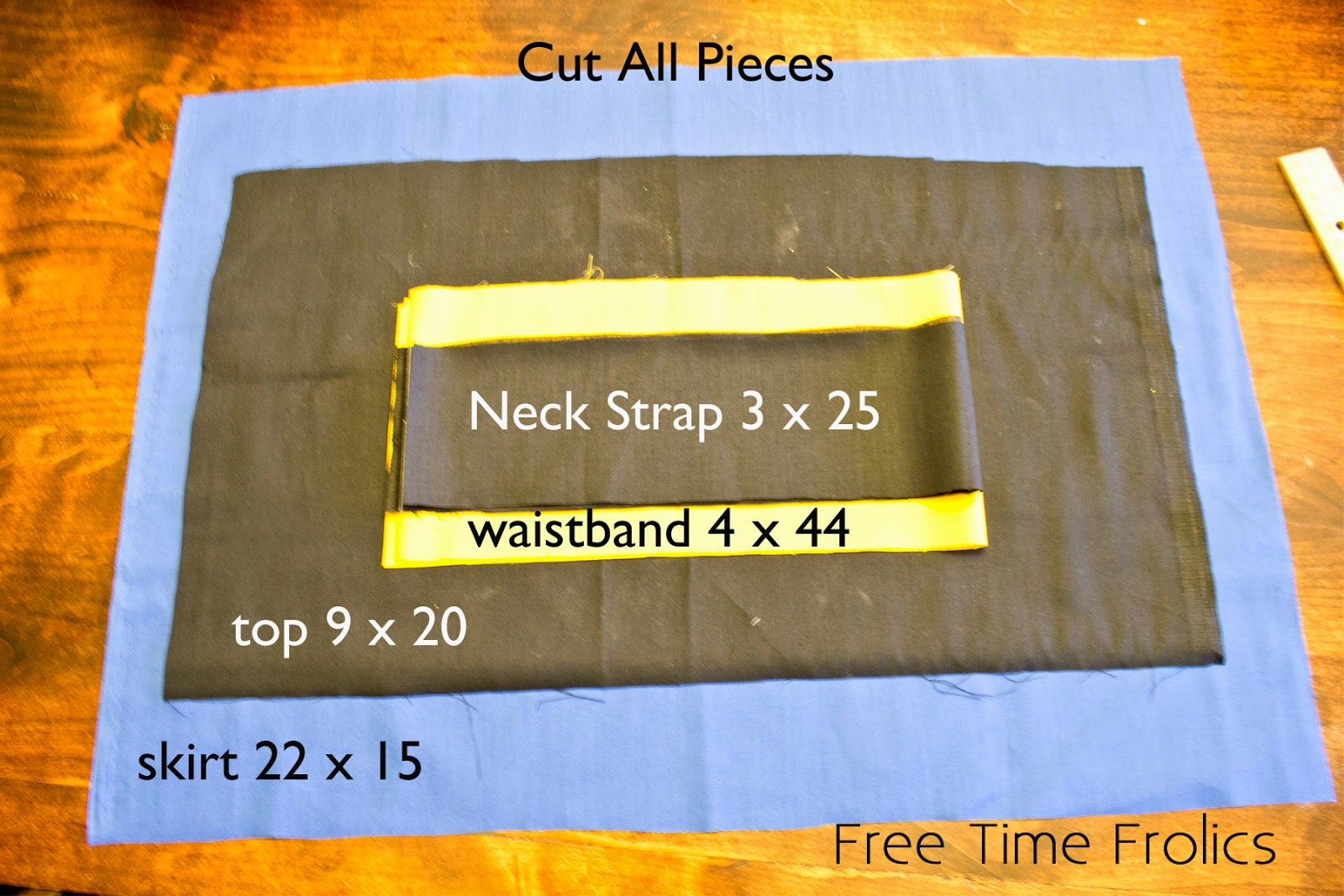 Frozen apron supplies www.freetimefrolics.com