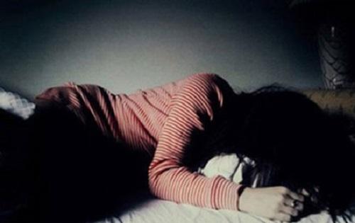 Gia Lai: Con gái kinh hoàng phát hiện mẹ tự vẫn trong phòng ngủ