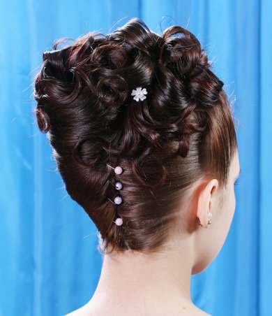 Prom Hairstyles for Short Hair Updos
