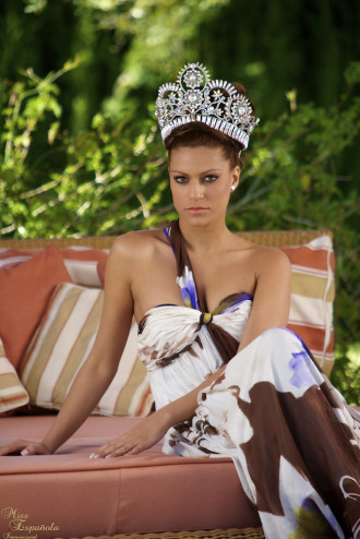 miss earth spain 2011 winner veronica doblas