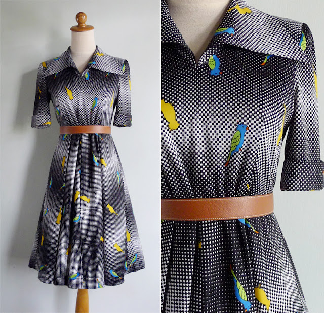 vintage 70's novelty parrot bird print dress