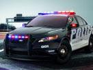 3D Polis Arabası Oyunu