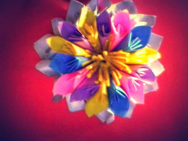 Ideas Creativas: Aprender hacer flores con paginas de colores