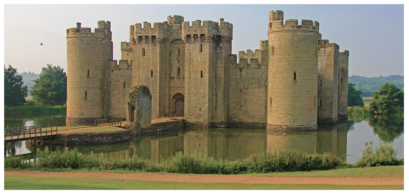 Bodiam Castle Birds Eye View Bodium castle - surrounded by