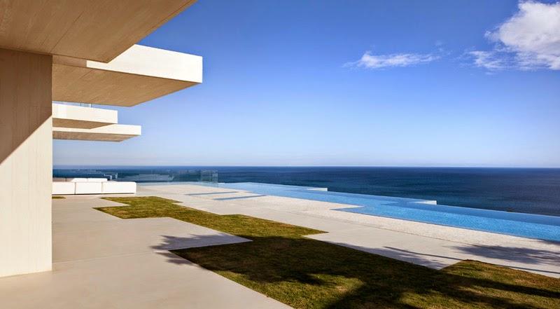 Casa sardinera arquitecto ram n esteve alicante arquitexs for Casa de lujo minimalista y espectacular con piscina por a cero