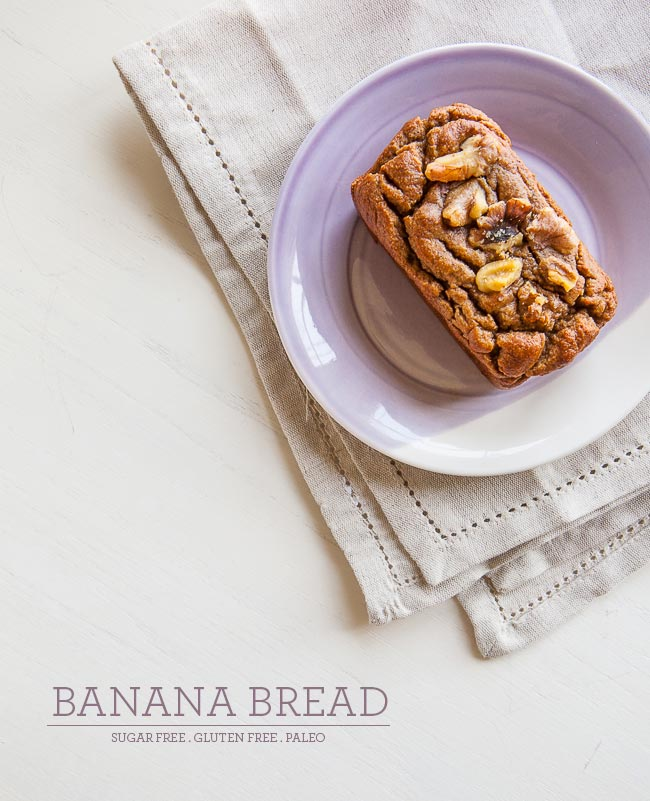 Banana Bread / blog.jchongstudio.com #paleo #glutenfree