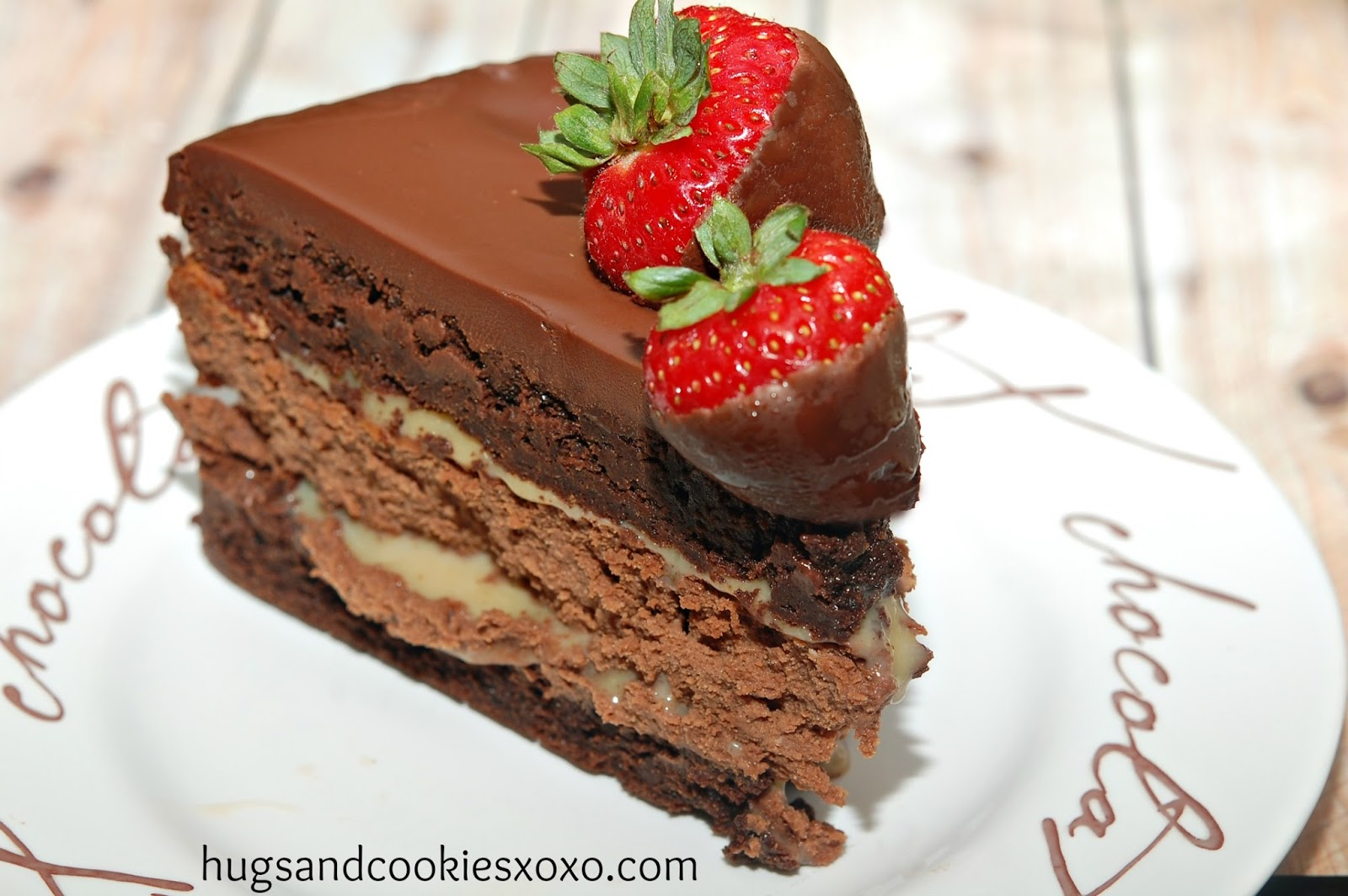TRIPLE LAYER CHOCOLATE DIPPED STRAWBERRY CHEESECAKE - Hugs ...
