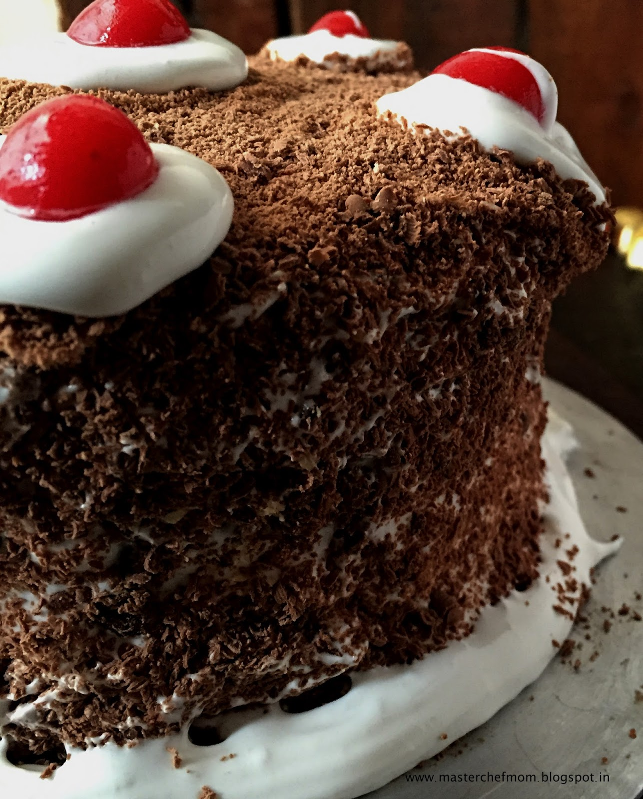 Cake Black Forest How To Make : MASTERCHEFMOM: Black Forest Cake ( Eggless) How to make ...