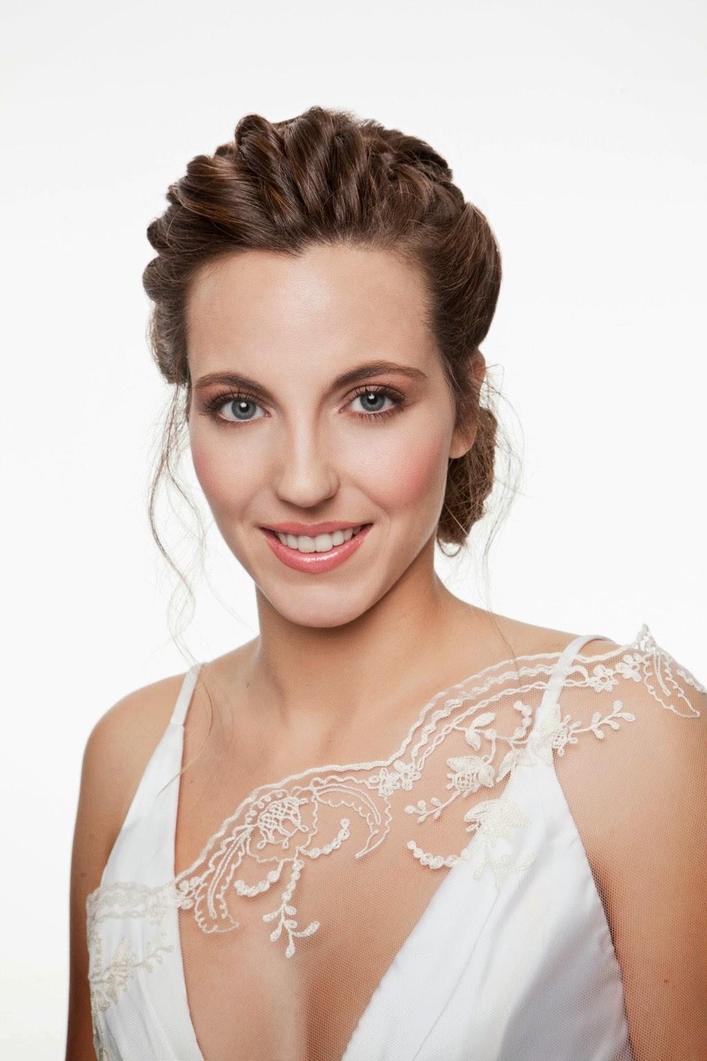 Fashion Portfolio Pasarela Las Mil Y Una Bodas Make Up Y Hair Style By Art Lab Salon