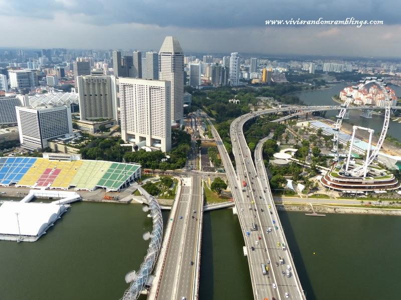 helix bridge, bayfront bridge, bemjamin sheares bridge from Sands SkyPark Observation Deck, Marina Bay Sands