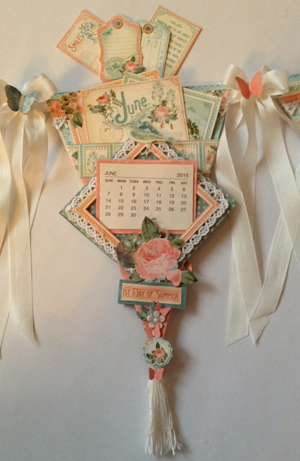 Annes Papercreations How To Make The Time To Flourish Banner Mini