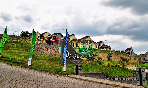 Foto Perumahan Pandanaran Hill Semarang