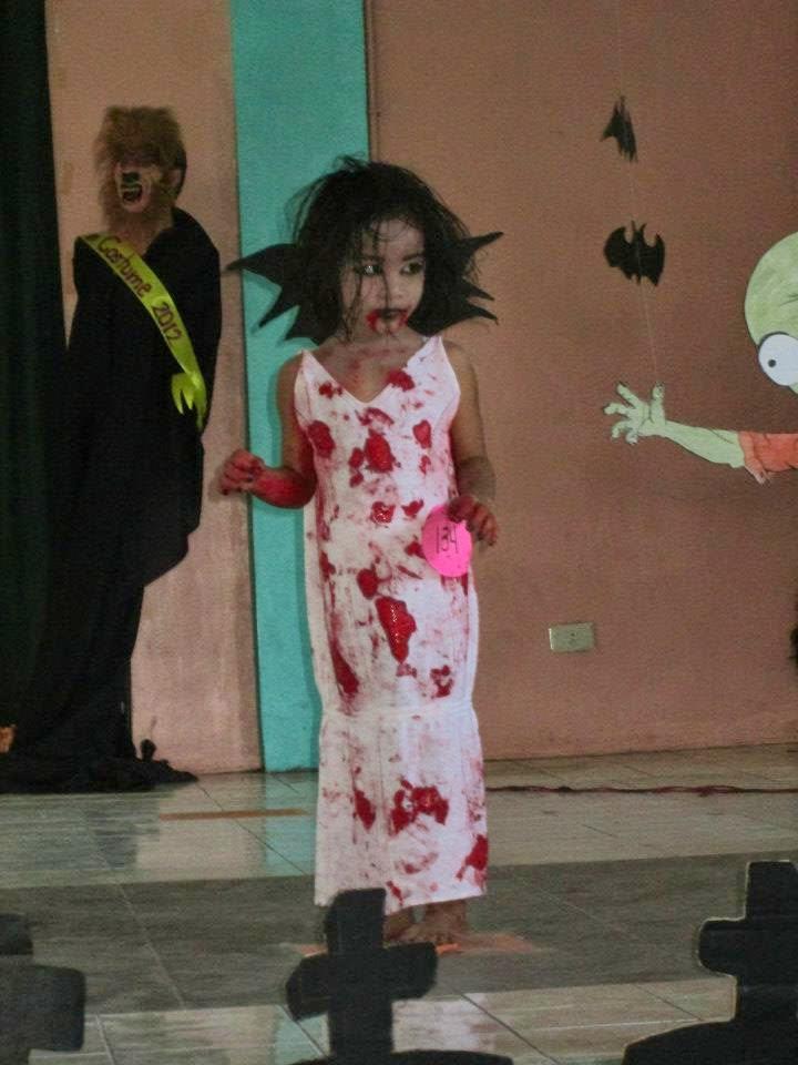"<img src=""dracula.gif"" alt="" little lady dracula halloween costume design for children ""/>"