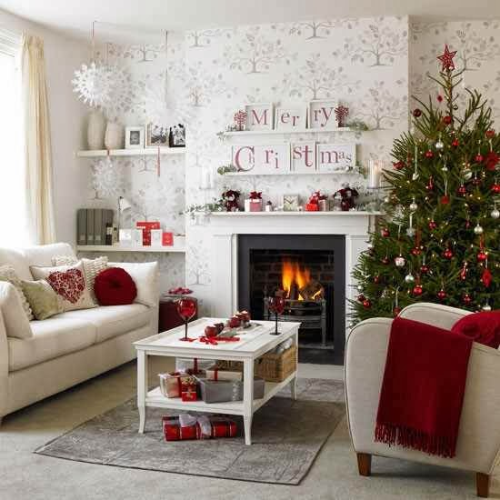 ICE colors in Christmas decoration for your living room