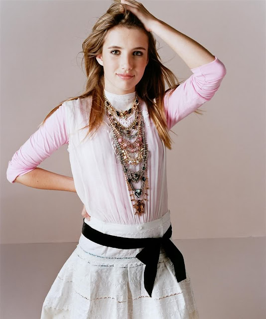 Emma Roberts Cool Photos