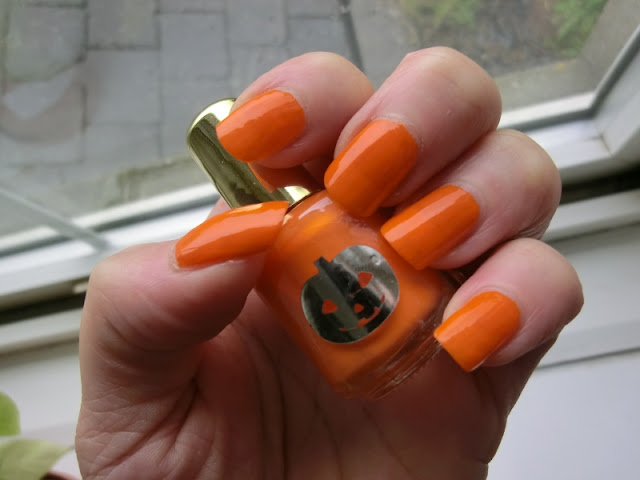 Simple Pleasures Orange Scented Polish Swatch