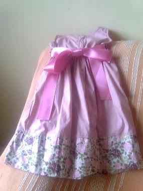 Vestido de Criança (Trás)