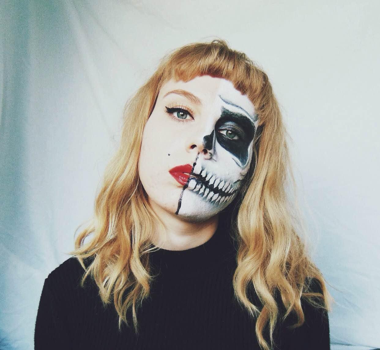 half skull makeup, half skull half pin up, halloween makeup, halloween face paint, skull face paint, halloween ideas girls, halloween makeup females, alternative halloween