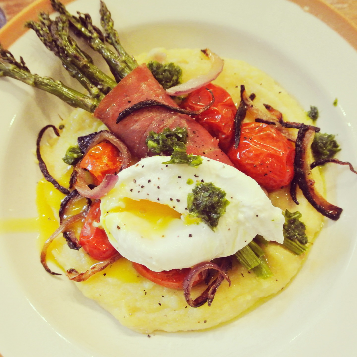 ... Prosciutto-Wrapped Roasted Asparagus & Cherry Tomatoes & Poached Egg