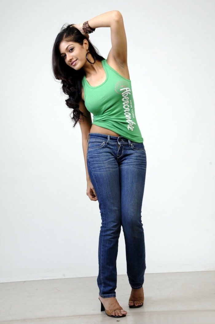 Meghana Raj Sexy Navel Photos In Latest Photoshoot In Green Sleeveless And jeans Showing Black Armpit With Hair Rare Images , Sexy Pictures